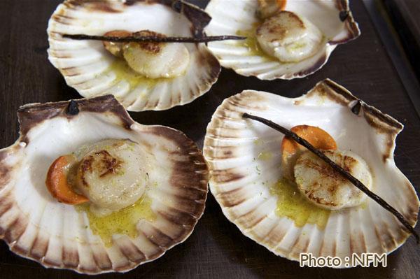 Recette Coquille Saint-Jacques en coquille beurre de vanille citron vert